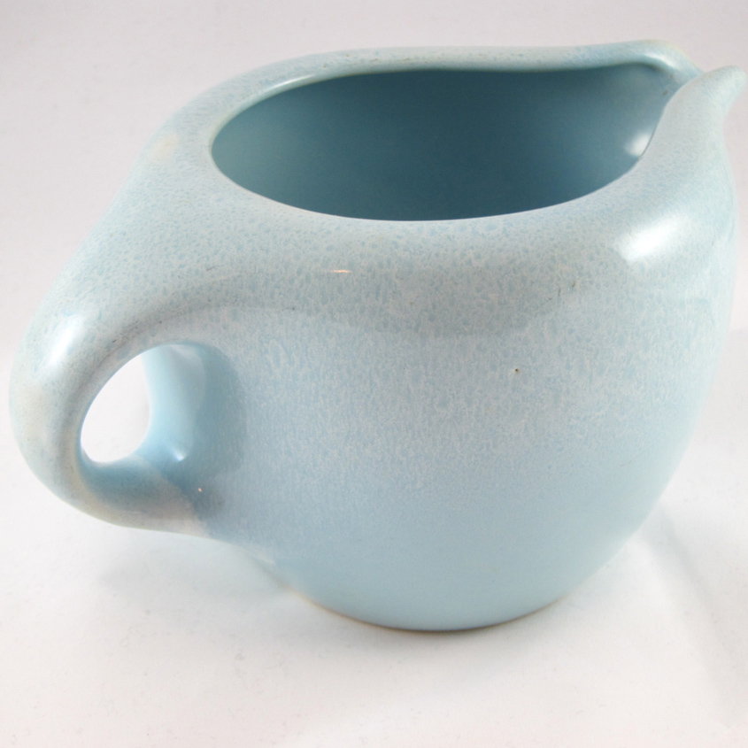 handle view powder blue coffee pot base